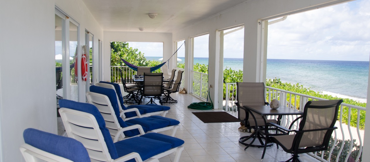 Veranda, chaises, dining tables, hammocks, relax...